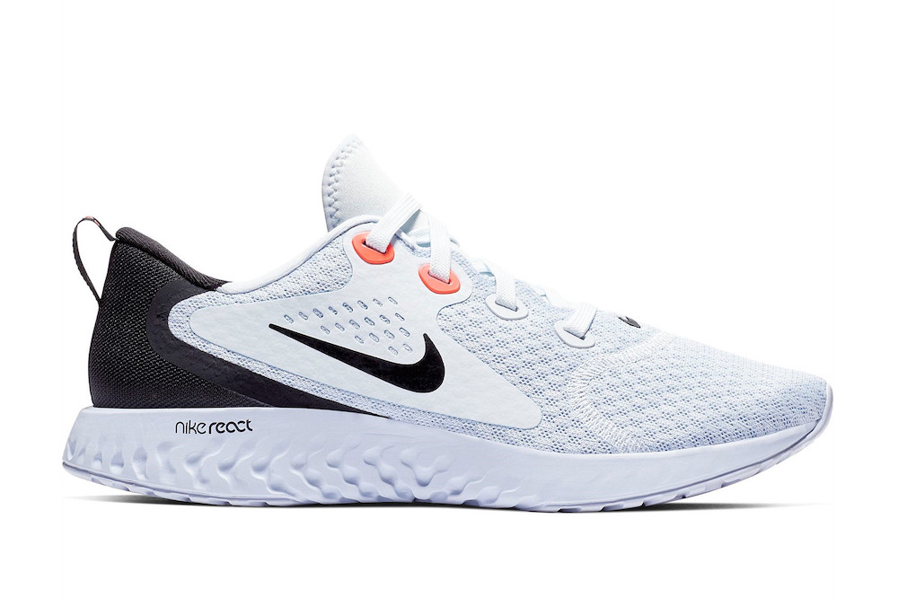 Nike Legend React test chaussure route